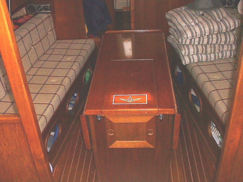 Bord/motorhuv